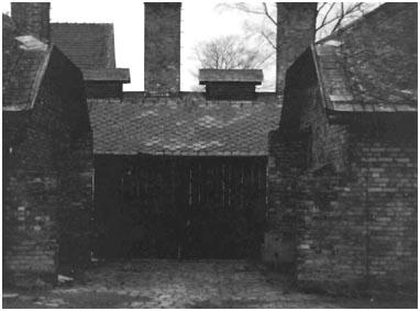 jurgen-kahlert-harald-nadolny_camini-del-crematorio