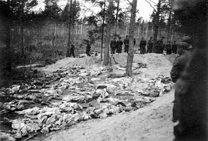 Katyn_massacre_7