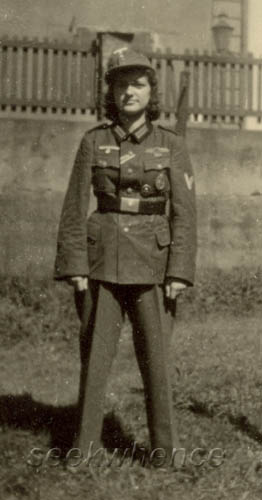 soldierwoman1241np